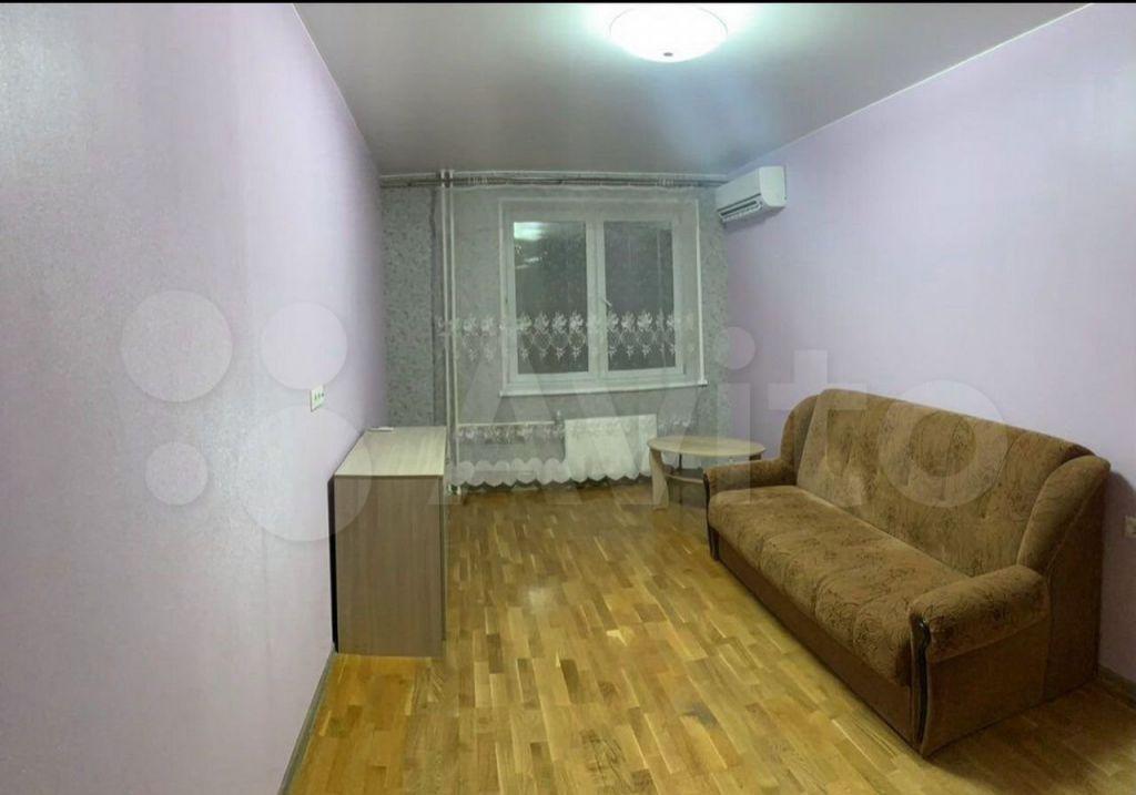 Аренда однокомнатной квартиры поселок Мебельной фабрики, Заречная улица 7А, цена 35000 рублей, 2021 год объявление №1439562 на megabaz.ru