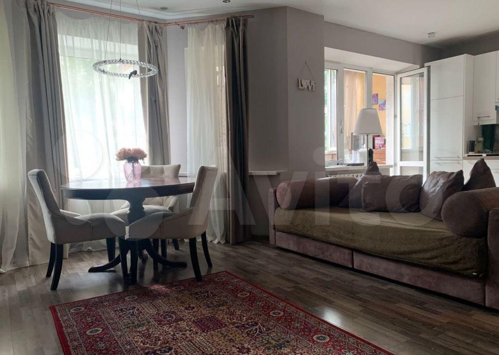 Продажа двухкомнатной квартиры село Петрово-Дальнее, Колхозная улица 33А, цена 8870000 рублей, 2021 год объявление №687829 на megabaz.ru