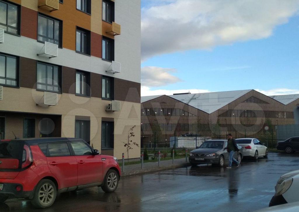Аренда однокомнатной квартиры рабочий поселок Новоивановское, бульвар Эйнштейна 1, цена 40000 рублей, 2021 год объявление №1463300 на megabaz.ru