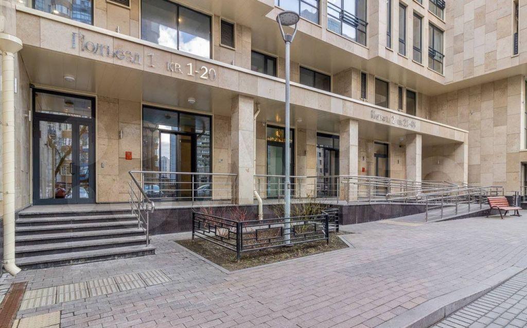 Продажа двухкомнатной квартиры Москва, метро Проспект Вернадского, Ленинский проспект 105к2, цена 45000000 рублей, 2021 год объявление №688447 на megabaz.ru