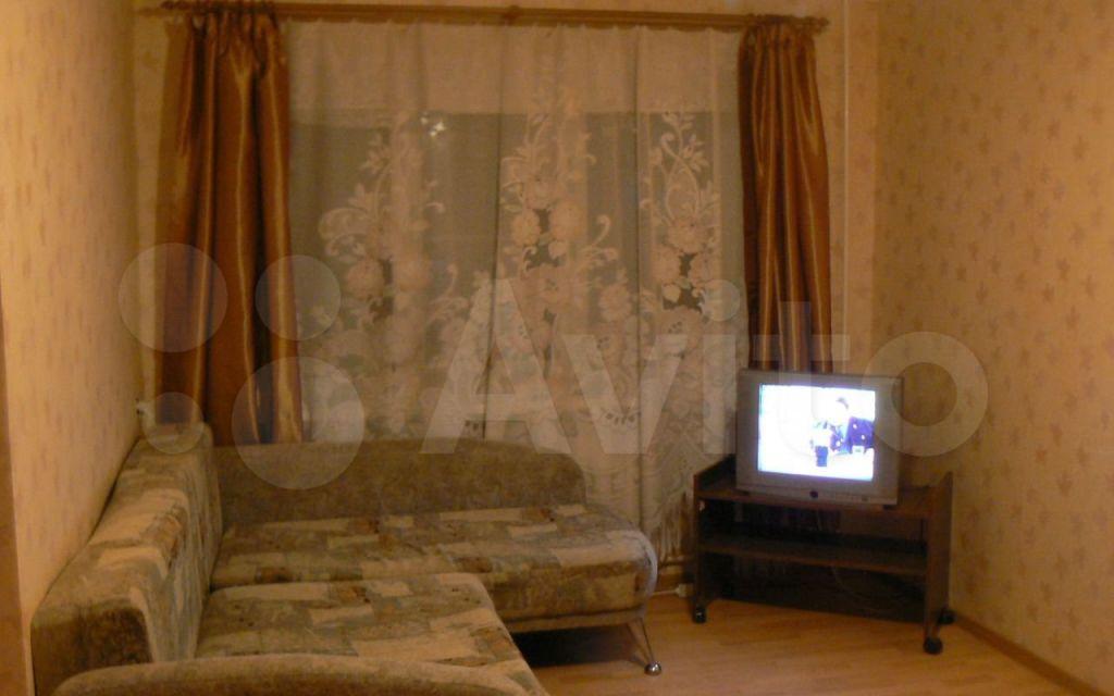 Аренда однокомнатной квартиры поселок Челюскинский, Большая Тарасовская улица 110, цена 20000 рублей, 2021 год объявление №1464565 на megabaz.ru
