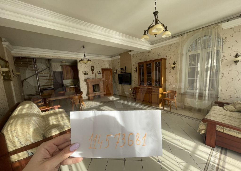 Аренда дома село Верхнее Мячково, Набережная улица, цена 15000 рублей, 2021 год объявление №1484612 на megabaz.ru