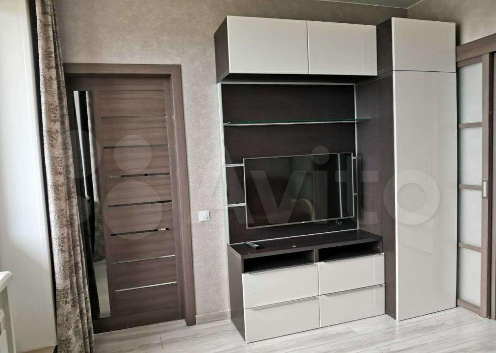 Аренда однокомнатной квартиры поселок Горки-10, цена 32000 рублей, 2021 год объявление №1465944 на megabaz.ru
