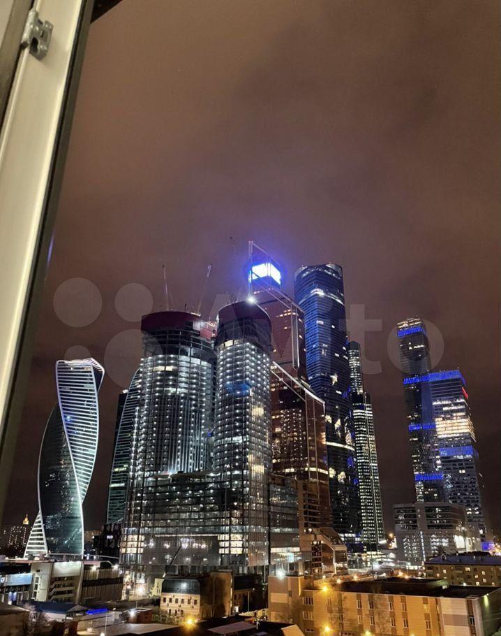 Аренда двухкомнатной квартиры Москва, метро Выставочная, Мантулинская улица 9к3, цена 185000 рублей, 2021 год объявление №1468999 на megabaz.ru
