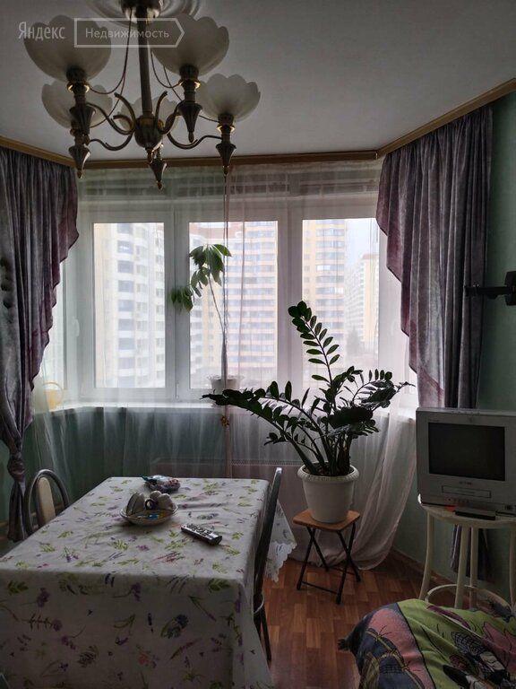 Аренда трёхкомнатной квартиры село Немчиновка, Советский проспект 98, цена 50000 рублей, 2021 год объявление №1468891 на megabaz.ru