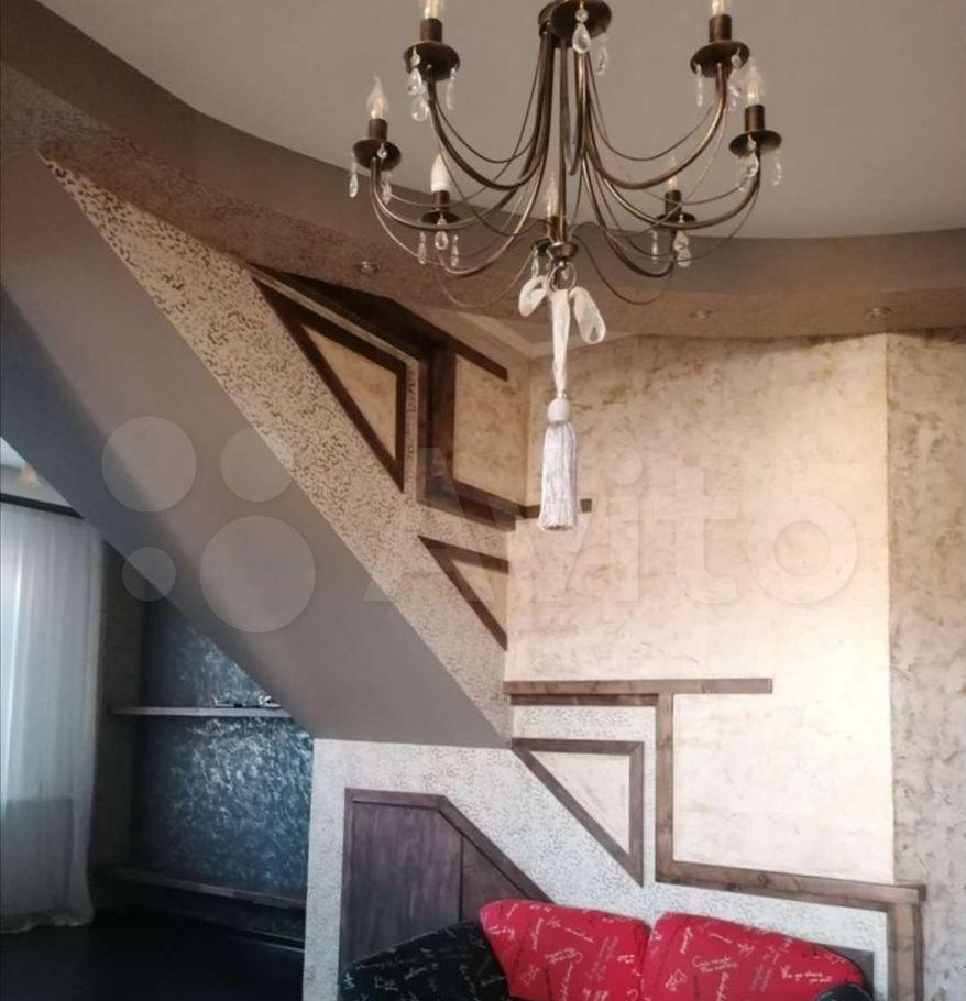 Продажа пятикомнатной квартиры деревня Бородино, Варшавское шоссе 72, цена 10800000 рублей, 2021 год объявление №693782 на megabaz.ru