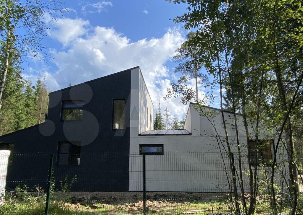 Продажа дома деревня Покров, Железнодорожная улица 23, цена 20000000 рублей, 2021 год объявление №676918 на megabaz.ru
