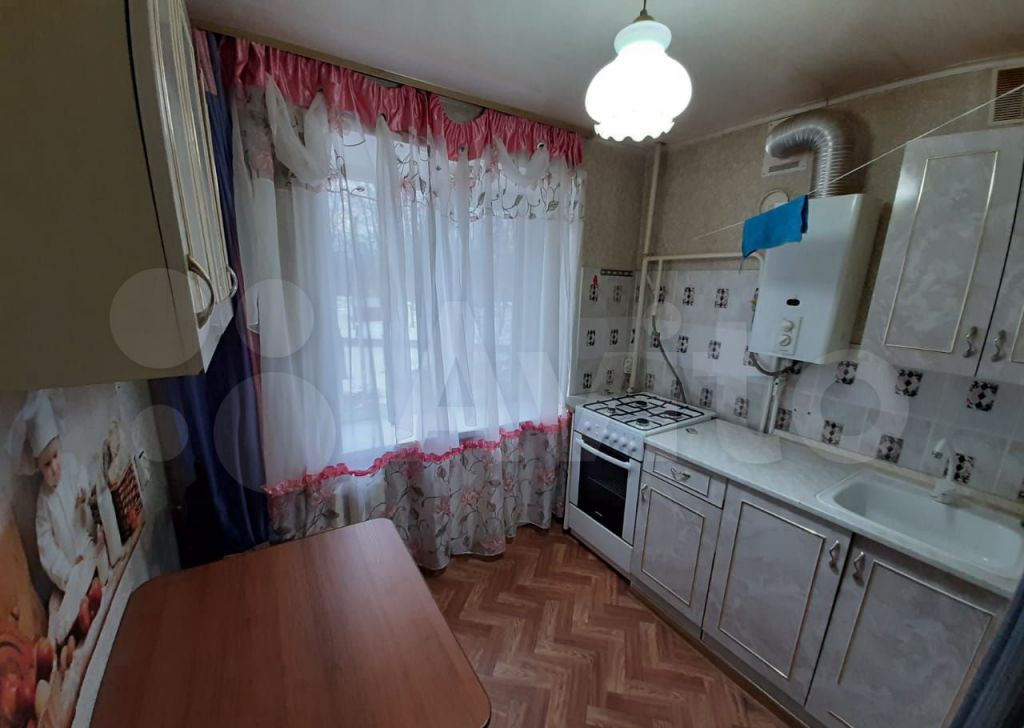Аренда однокомнатной квартиры Краснозаводск, Театральная улица 12, цена 13000 рублей, 2021 год объявление №1470641 на megabaz.ru