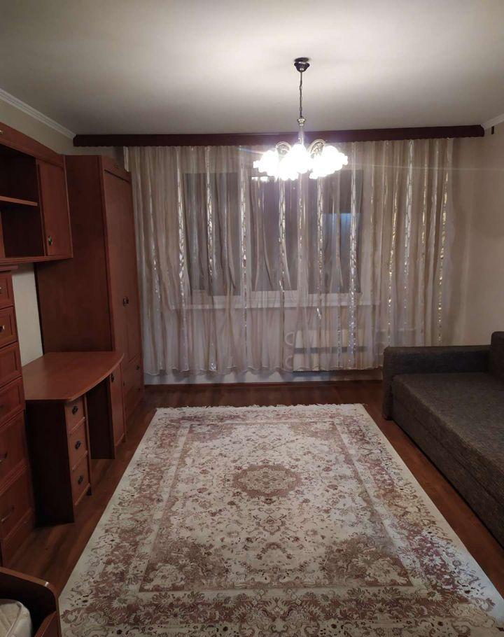 Аренда однокомнатной квартиры поселок Горки-10, цена 27000 рублей, 2020 год объявление №1191627 на megabaz.ru