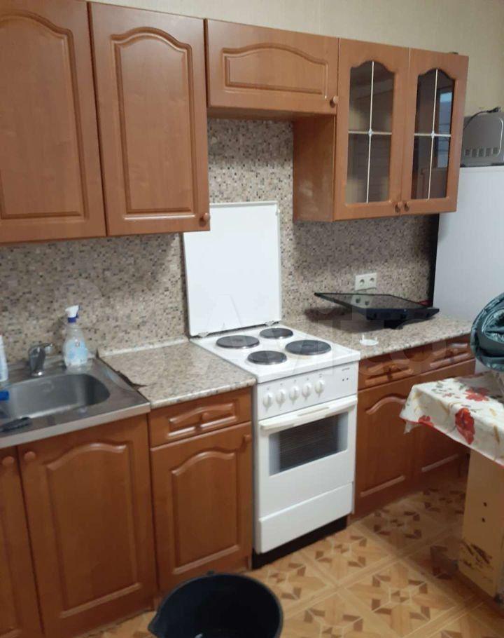Аренда однокомнатной квартиры поселок Зеленый, Школьная улица 11, цена 23000 рублей, 2021 год объявление №1471176 на megabaz.ru