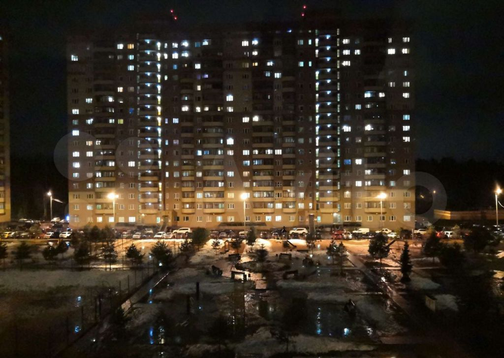 Аренда однокомнатной квартиры деревня Щемилово, цена 19000 рублей, 2021 год объявление №1359998 на megabaz.ru