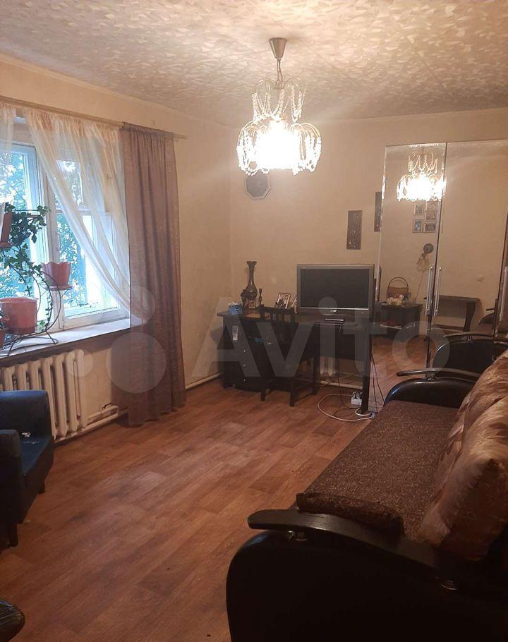 Продажа двухкомнатной квартиры рабочий посёлок Малино, Школьная улица 6, цена 2500000 рублей, 2021 год объявление №698220 на megabaz.ru