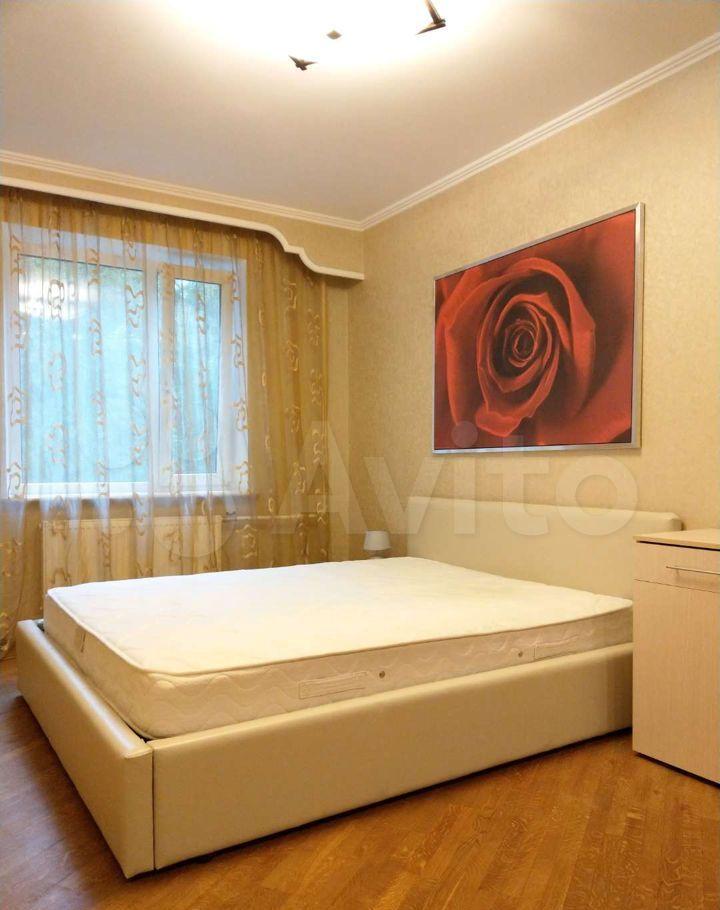 Продажа трёхкомнатной квартиры поселок Поведники, цена 12200000 рублей, 2021 год объявление №698870 на megabaz.ru