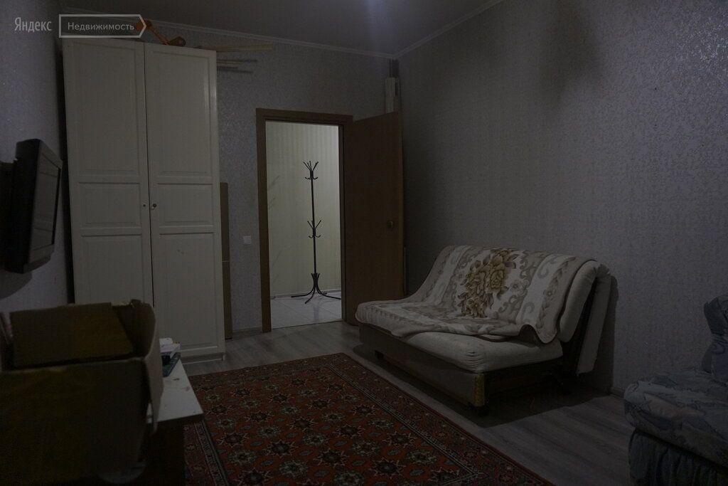 Аренда двухкомнатной квартиры деревня Чёрная, Тенистая улица 6, цена 30000 рублей, 2021 год объявление №1039599 на megabaz.ru