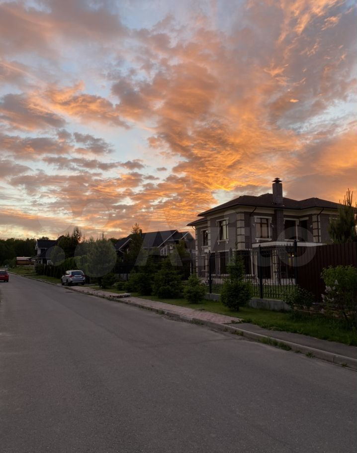 Продажа дома деревня Нефедьево, Артековская улица 10к1, цена 16500000 рублей, 2021 год объявление №702420 на megabaz.ru
