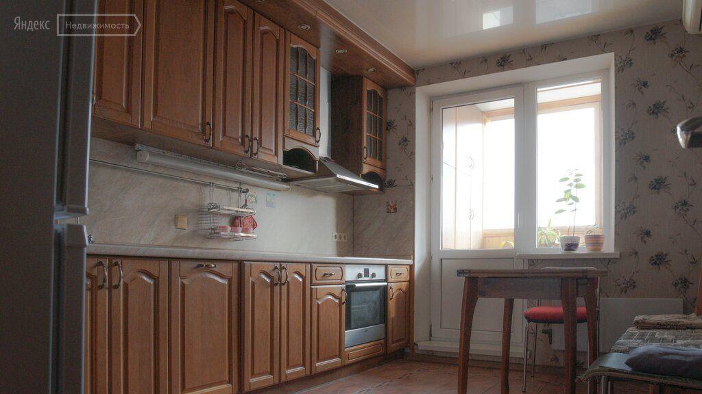 Аренда двухкомнатной квартиры деревня Голубое, метро Пятницкое шоссе, цена 23999 рублей, 2021 год объявление №1481318 на megabaz.ru