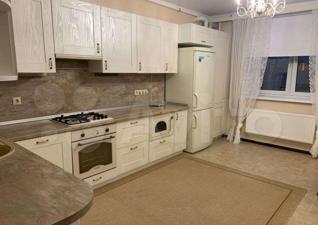 Продажа трёхкомнатной квартиры село Озерецкое, бульвар Радости 18, цена 11000000 рублей, 2021 год объявление №704168 на megabaz.ru