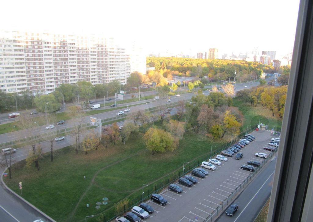 Продажа двухкомнатной квартиры Москва, метро Молодежная, Рублёвское шоссе 79, цена 19450000 рублей, 2021 год объявление №707697 на megabaz.ru