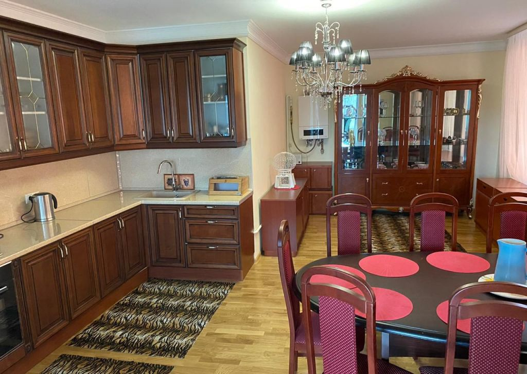 Аренда дома село Ромашково, цена 200000 рублей, 2020 год объявление №1101694 на megabaz.ru