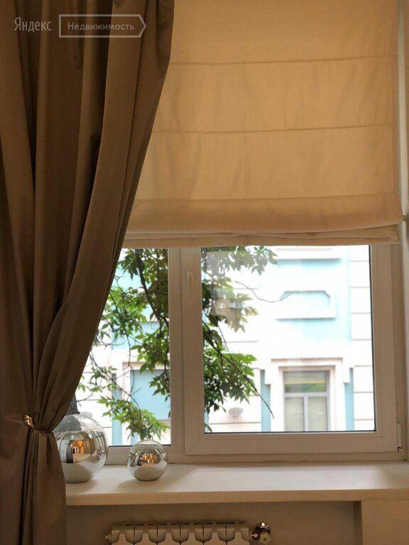 Аренда трёхкомнатной квартиры Москва, метро Кропоткинская, переулок Сивцев Вражек 4, цена 120000 рублей, 2020 год объявление №1041719 на megabaz.ru