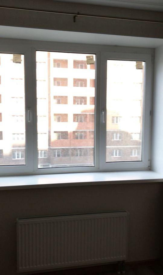 Аренда однокомнатной квартиры поселок Сосновый Бор, улица Объездная Дорога 2, цена 22000 рублей, 2021 год объявление №1067189 на megabaz.ru