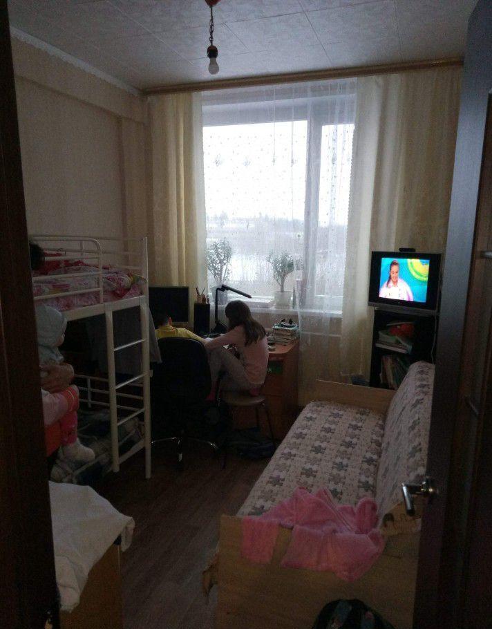 Продажа двухкомнатной квартиры рабочий поселок Оболенск, улица Строителей 3, цена 1700000 рублей, 2021 год объявление №382257 на megabaz.ru
