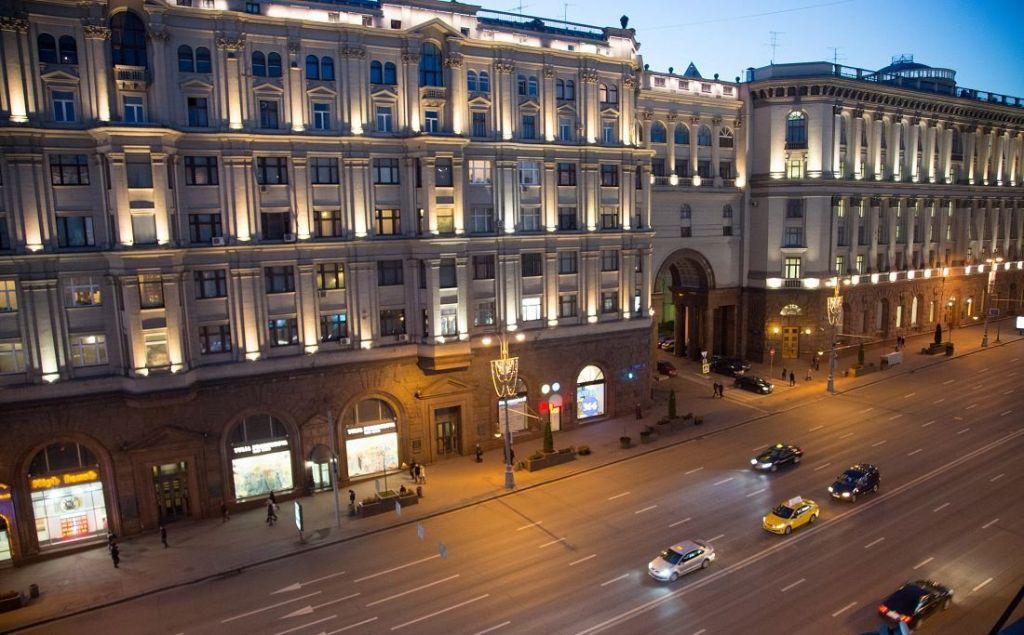 Аренда двухкомнатной квартиры Москва, метро Театральная, Тверская улица 6с1, цена 110000 рублей, 2021 год объявление №1099723 на megabaz.ru
