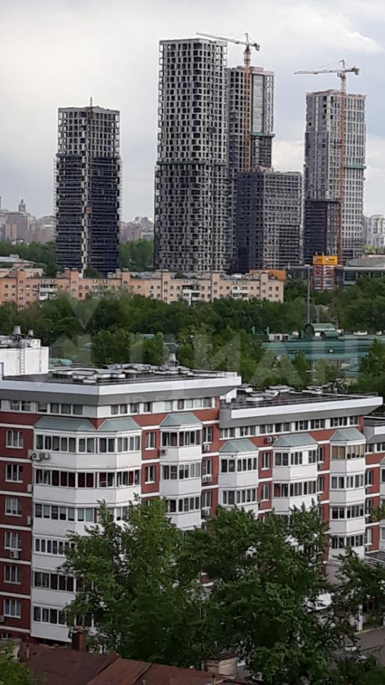 Продажа двухкомнатной квартиры Москва, метро Фили, Заречная улица 7, цена 13700000 рублей, 2021 год объявление №386063 на megabaz.ru