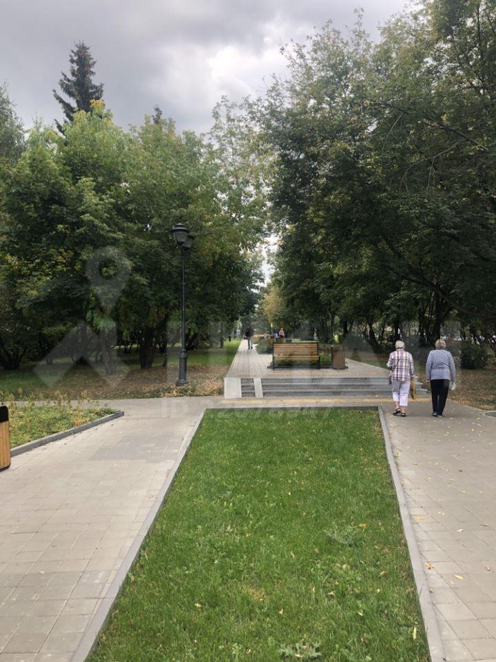 Продажа двухкомнатной квартиры Москва, метро Парк Победы, улица 1812 года 12, цена 13700000 рублей, 2021 год объявление №431668 на megabaz.ru