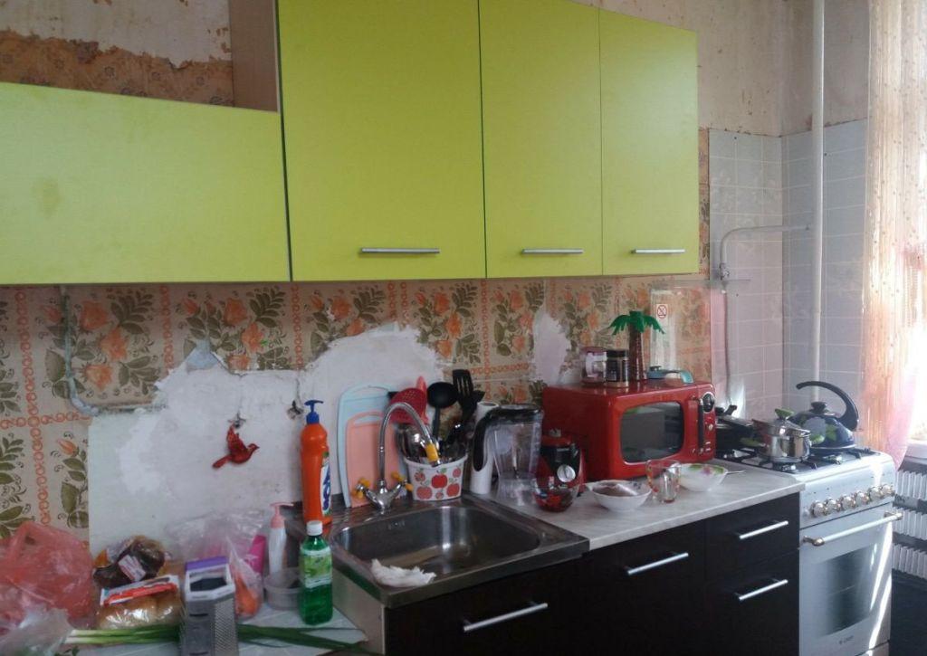 Продажа двухкомнатной квартиры Рошаль, улица Мира 8, цена 1500000 рублей, 2020 год объявление №432183 на megabaz.ru