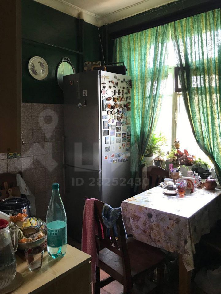 Продажа трёхкомнатной квартиры Москва, метро Ленинский проспект, улица Стасовой 5, цена 16000000 рублей, 2020 год объявление №356091 на megabaz.ru