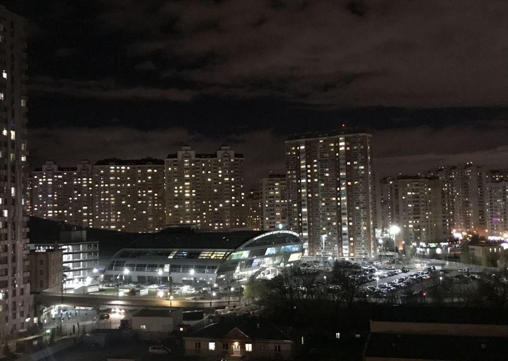 Продажа двухкомнатной квартиры Красногорск, метро Мякинино, Павшинский бульвар 36, цена 7700000 рублей, 2020 год объявление №400044 на megabaz.ru