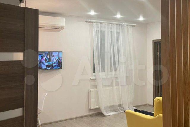 Аренда трёхкомнатной квартиры деревня Солманово, Триумфальная улица 14, цена 35000 рублей, 2021 год объявление №1326083 на megabaz.ru